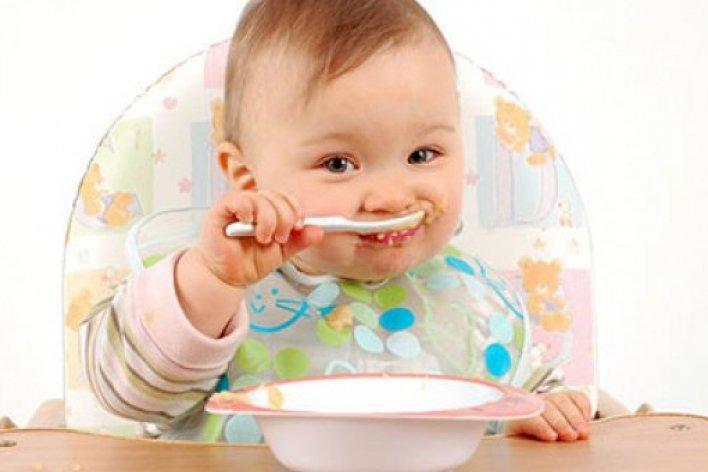 Top 5 Thực Phẩm Không Được Cho Bé Ăn