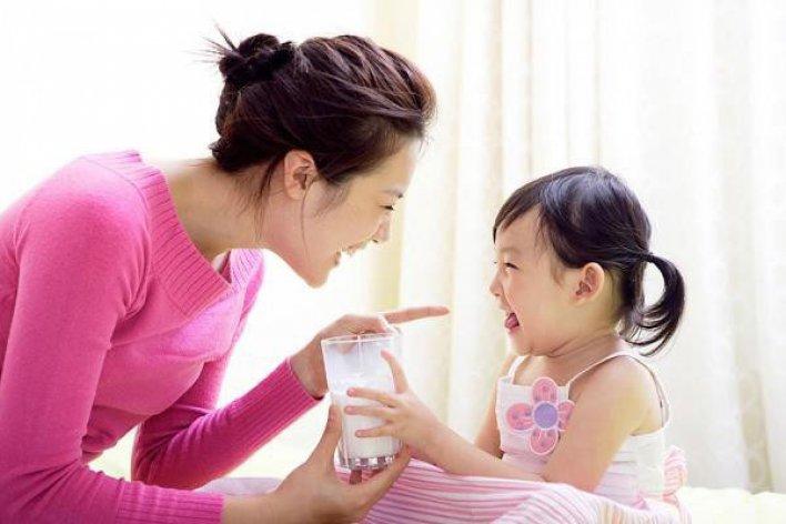 Các Mẹ Ngã Ngửa Khi Hay Tin Con Lùn Do Mẹ Bồ Sung Nhiều Canxi