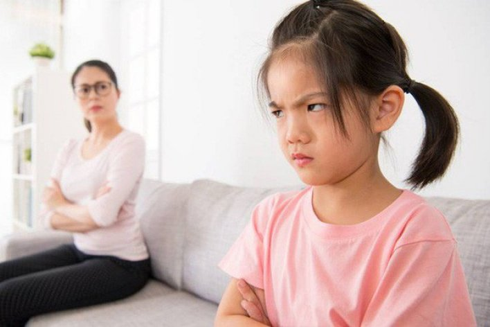 Khi Trẻ Tức Giận Mẹ Nên Làm Gì Để Xoa Dịu