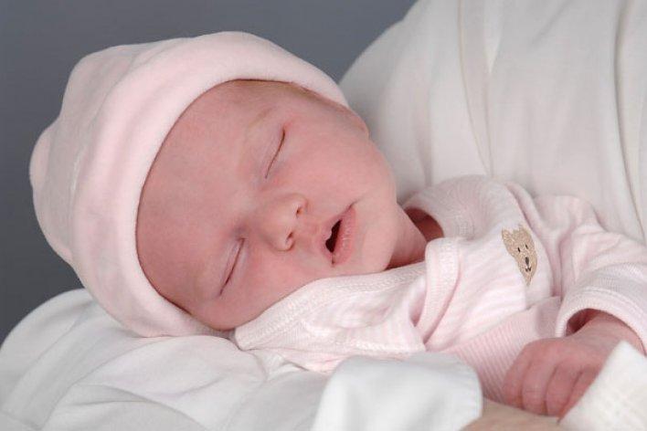 25 Thắc Mắc Đáng Yêu Của Những Mẹ Nuôi Con Đầu Lòng