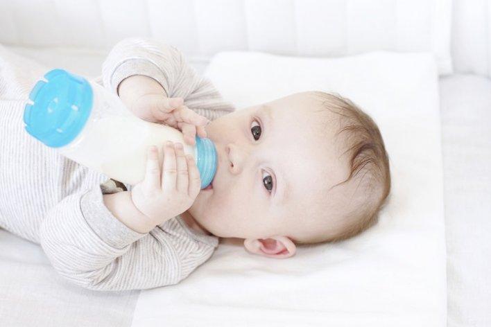 Trẻ Sơ Sinh Bú Bao Nhiêu Lần Mỗi Ngày Là Đủ