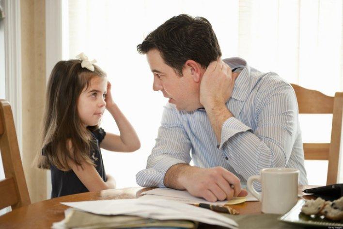 8 Tuyệt Chiêu Đối Phó Trẻ Bướng Bỉnh Không Nghe Lời