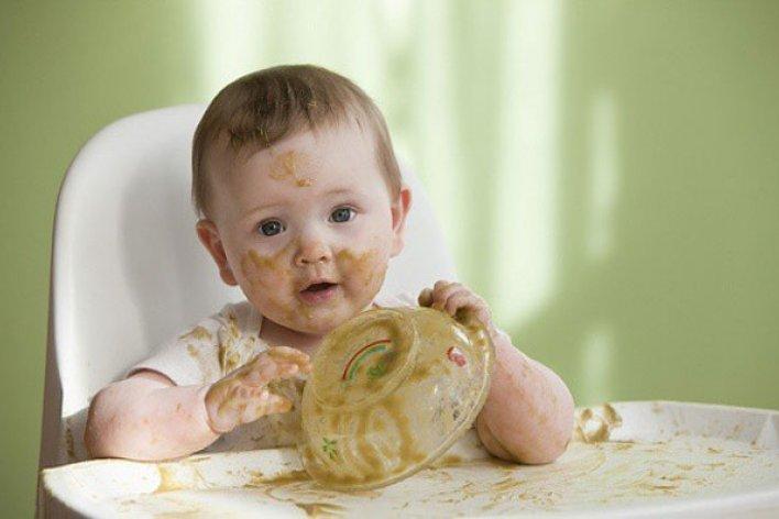 Mách Mẹ Thời Kỳ Vàng Dạy Con Ăn Uống Tự Lập