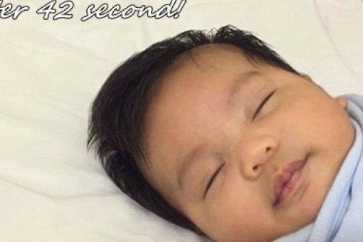 Tuyệt Chiêu Ru Con Ngủ Chỉ Trong 42 Giây Gây Sửng Sốt