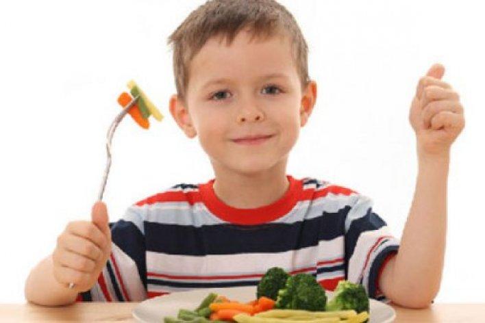 Dạy Trẻ Lịch Sự Trong Ăn Uống