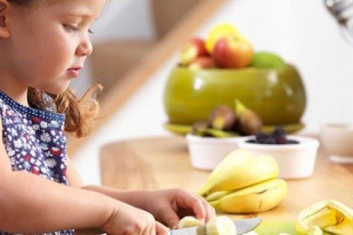 Ép Ăn Làm Hạn Chế Sự Phát Triển Trí Não Của Trẻ