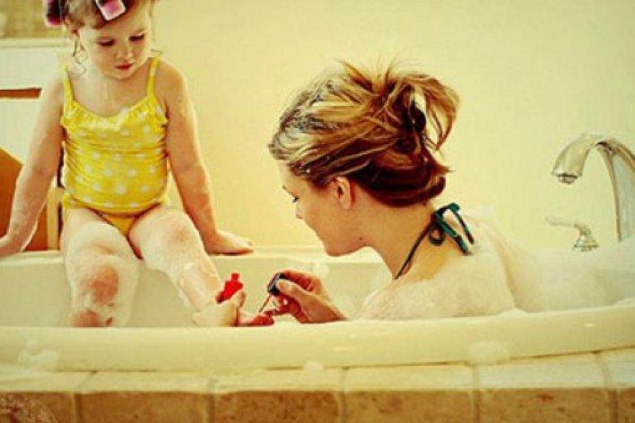 16 Bài Học Nuôi Dạy Con Gái Bố Mẹ Cần Nhớ