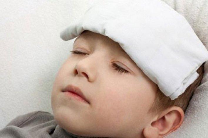 5 Lưu Ý Khi Trẻ Viêm Họng Cần Nhập Viện