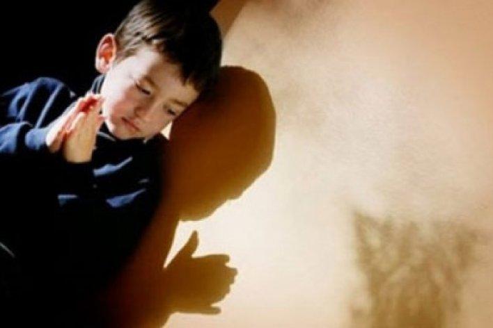 Bật Khóc Với Bức Thư Con Trai Gửi Mẹ Đã Mất