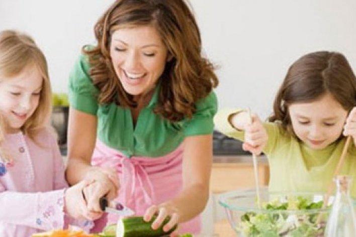 17 Điều Bố Mẹ Nên Dạy Khi Trẻ Lên Ba