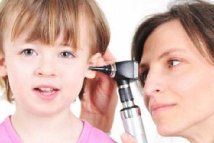 Bệnh Viêm Tai Giữa Ở Trẻ Có Thể Biến Chứng Nguy Hiểm Tính Mạng