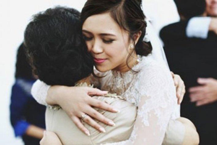 Con Ơi Nếu Lấy Nhầm Chồng Hãy Về Với Mẹ