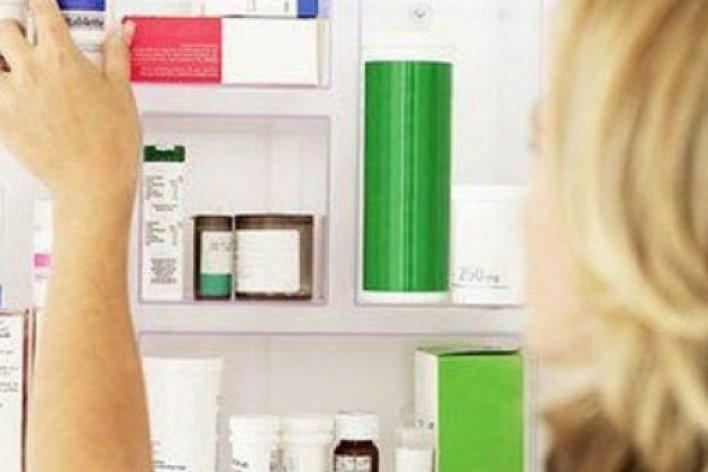 Bé 3 Tuổi Tử Vong Vì Uống Thuốc Tẩy Trong Tủ Lạnh