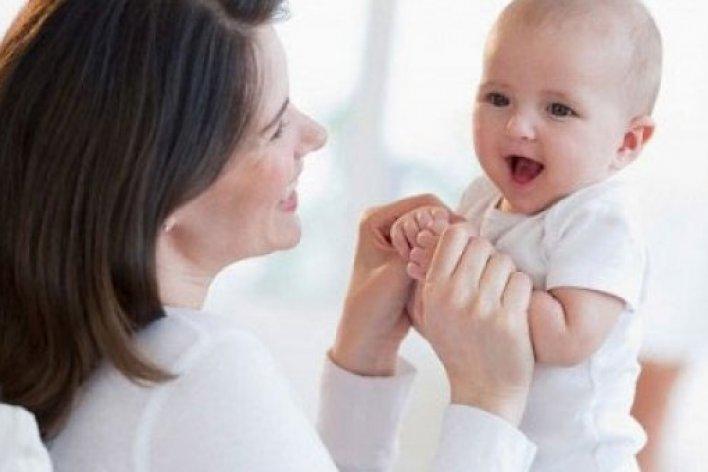 Thói Quen Bố Mẹ Không Ngờ Tới Khiến Con Chậm Nói