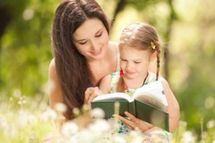 Nghiên Cứu Gây Sốc: Bố Mẹ Đẹp Thường Sinh Con Gái