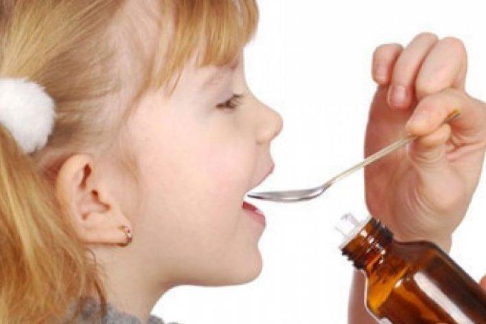 Trẻ Bị Lú Lẫn VÌ Uống Siro Ho Quá Liều