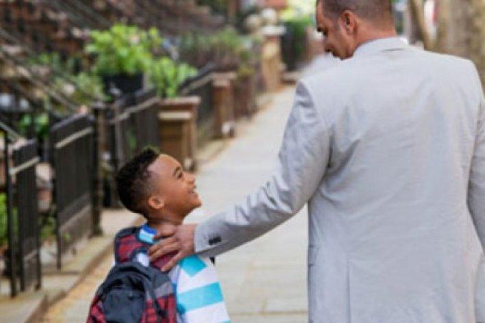 10 Câu Nói Bố Mẹ Giúp Con Tự Tin Suốt Cuộc Đời
