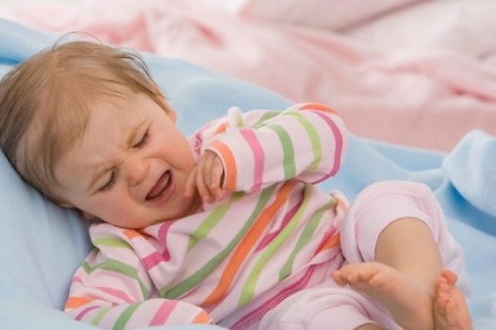 6 Phản Ứng Không Mong Muốn Của Trẻ Sau Tiêm Phòng Mẹ Cần Biết