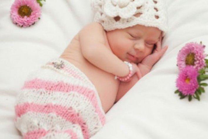 7 Điều Mẹ Tuyệt Đối Phải Nhớ Khi Cho Bé Ngủ Máy Lạnh Ngày Nóng