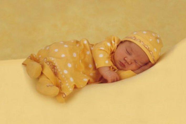 Tuyệt Chiêu Giúp Mẹ Tập Cho Bé Sơ Sinh Ngủ Xuyên Đêm