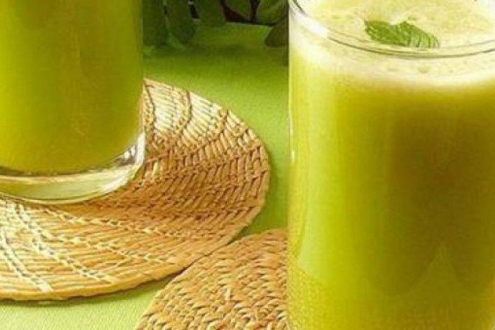 Bé Uống Nước Mía Mỗi Ngày Sẽ Tăng Cường Miễn Dịch Phòng NGừa Cảm Cúm