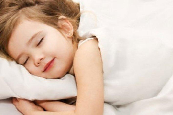 Mách Mẹ Bí Quyết Giúp Bé Ngủ Ngon Phát Triển Chiều Cao
