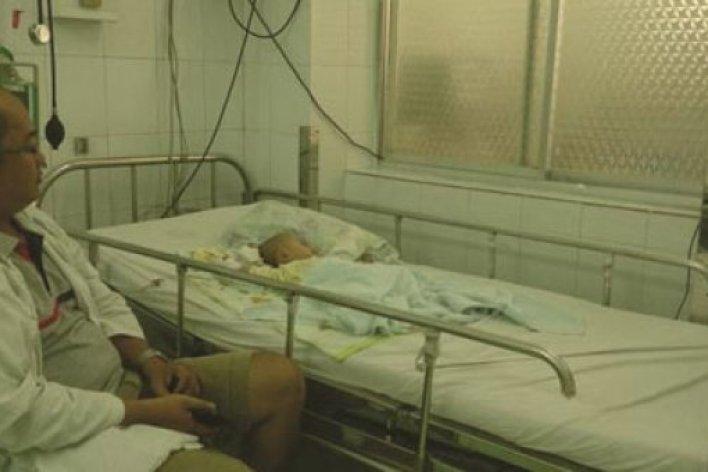 TP.HCM Dịch Bệnh Bủa Vây Trẻ Nhập Viện Hàng Loạt