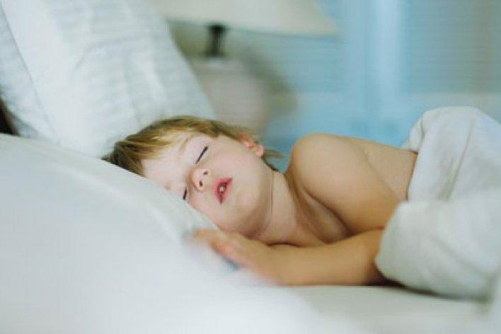 9 Thói Quen Nên Rèn Cho Con Từ Nhỏ Để Tránh Được Bệnh Vặt