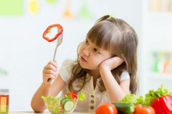 Con Càng Ngày Càng Còi Do Mẹ Nấu Đồ Ăn Sai Cách