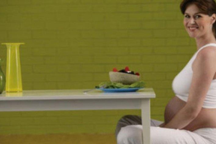 Mẹ Bầu Ăn Đêm Không Hề Tốt Cho Thai Nhi Mà Chỉ Khiến Mẹ Bí Béo Thêm