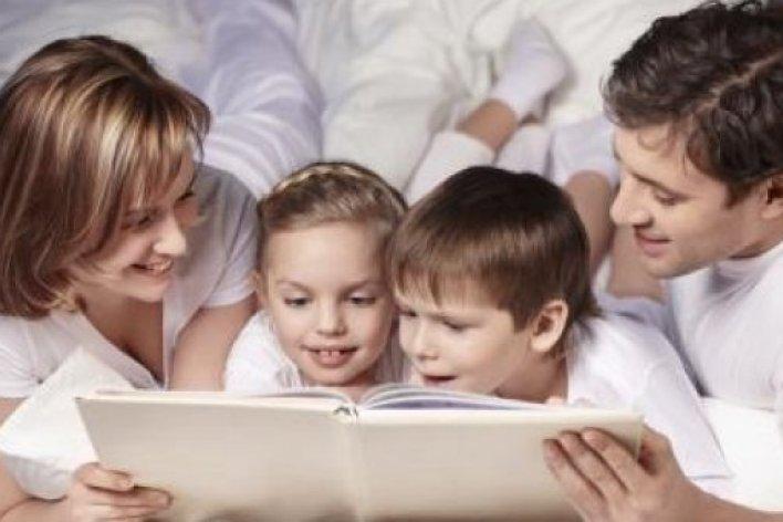 Bố Mẹ Đừng Quên Đọc Sách 15 Phút Mỗi Ngày Để Giúp Bé Thông Minh Hơn Nha