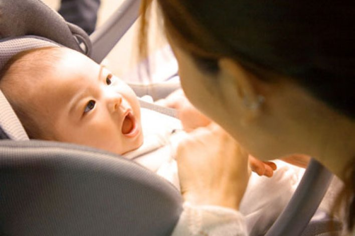 12 Tháng Đầu Đời Của Bé Mẹ Cần Lưu Ý