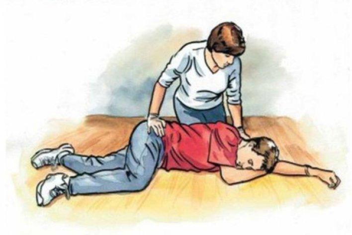 Sơ Cứu Khẩn Cấp Khi Trẻ Gặp Nguy Hiểm Mẹ Nào Cũng Phải Thuộc Lòng