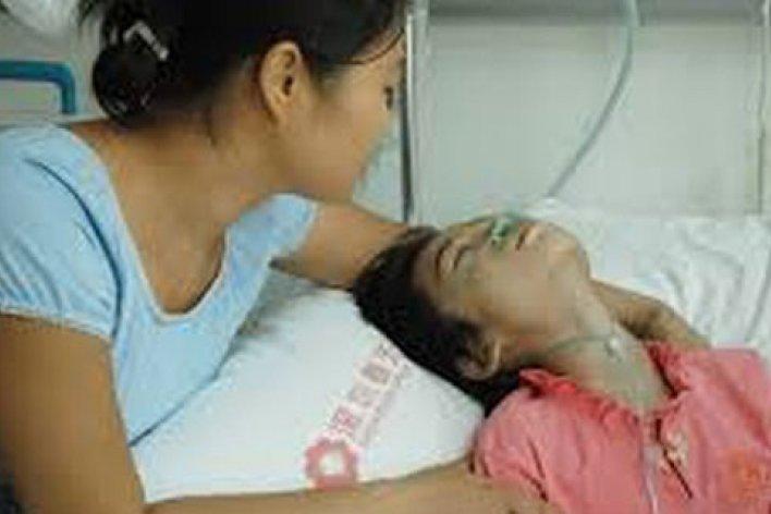 Bé 16 Tuổi Ung Thư Vòm Họng Vì Bị Hút Thuốc Thụ Động Từ Người Nhà
