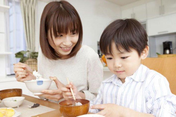 15 Tuyệt Chiêu Dạy Con Thông Minh Của Mẹ Nhật