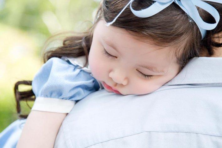 6 Lỗi Hầu Hết Bố Mẹ Thường Mắc Phải Khi Cho Bé Ngủ