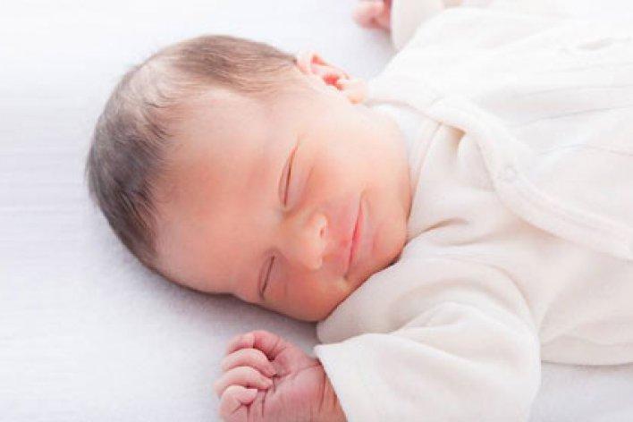 Bí Quyết Giúp Con Ngủ Một Mạch Tới Sáng Mẹ Nào Cũng Nên Áp Dụng