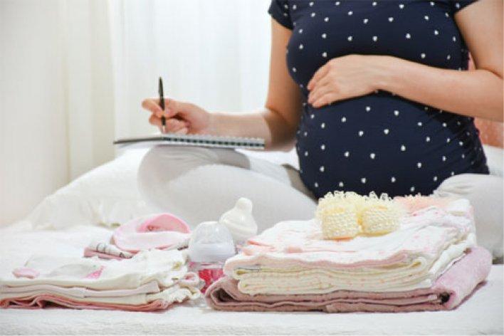 Những Vật Bất Ly Thân Của Mẹ Trước Ngày Vượt Cạn