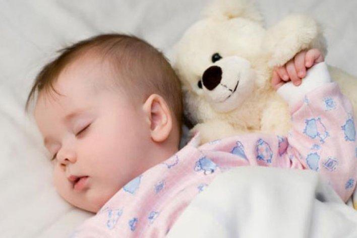 10 Dấu Hiệu Trẻ Thiếu Canxi Mẹ Cần Biết