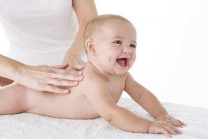 Đọc Bài Này Xong Đảm Bảo Mẹ Sẽ Đè Con Ra Massage Mỗi Ngày