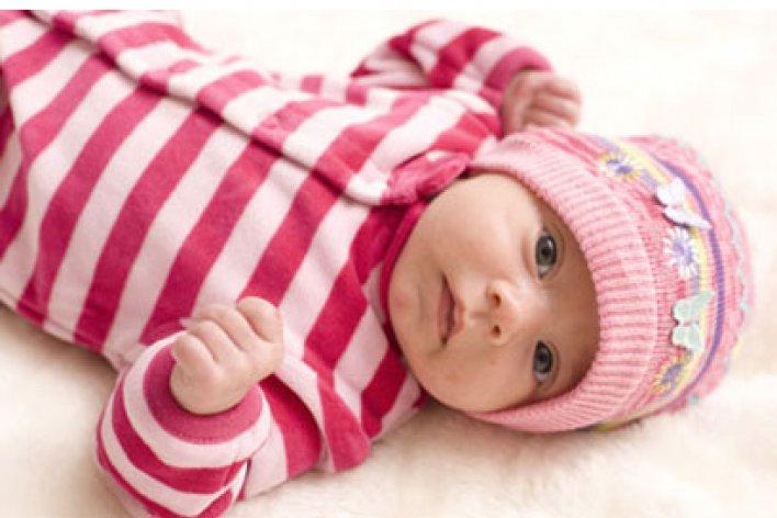 Chăm sóc trẻ sơ sinh mùa lạnh cần lưu ý những gì?
