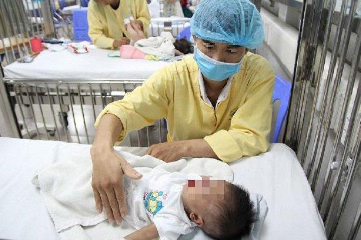 Bệnh Cúm Hoành Hành Miền Bắc Hàng Trăm Bệnh Nhi Nhập Viện