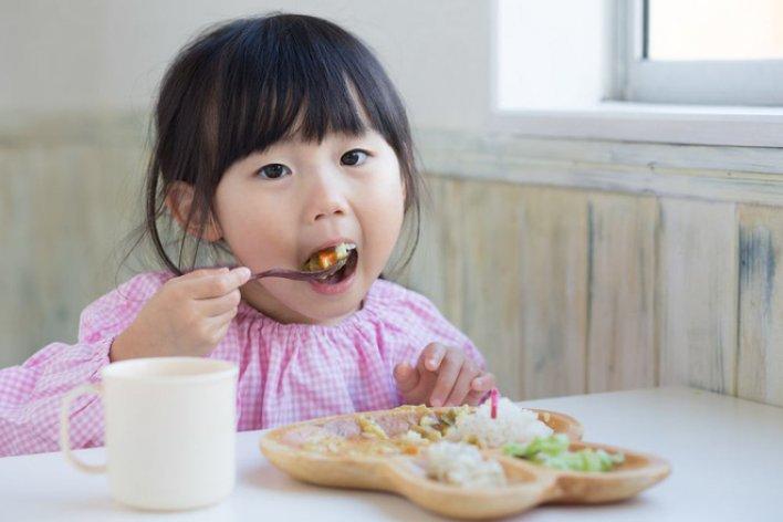 6 Nguyên Tắc Mọi Bà Mẹ Cần Biết Để Bé Ăn Dặm Thun Thút Ngay Từ Ngày Đầu Tiên