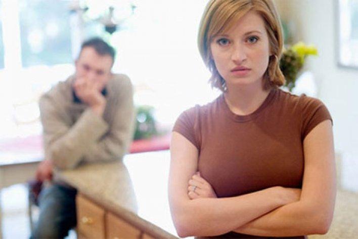 Mẹ Chồng Đòi Tôi Phải Chia Đôi Tiền Thưởng Tết Vì Bà Ở Nhà Chăm Cháu