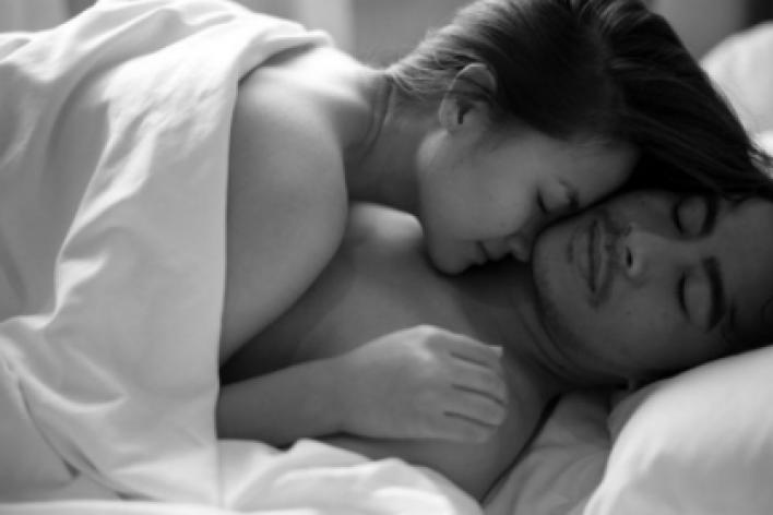 5 Điều Sau Khi Ân Ái Mà Đàn Ông Chỉ Làm Với Người Phụ Nữ Họ Yêu Thật Sự