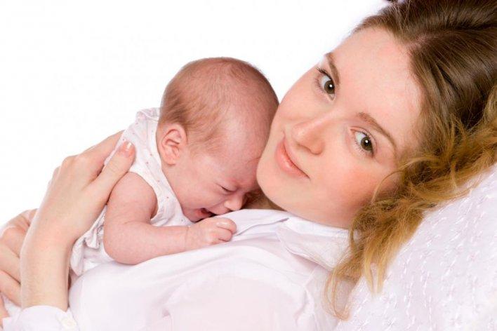 Mách Mẹ Cách Chữa Nấc Cục Cho Bé Yêu