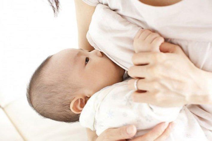 Những Quan Niệm Sai Lầm Về Việc Cho Con Bú Sữa Mẹ