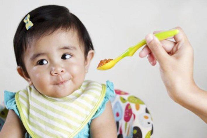 6 Quy Tắc Mẹ Cần Nhớ Để Cho Trẻ Ăn Dặm Đúng Cách