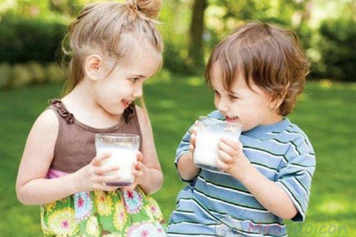 Trẻ 2 Tuổi Cần Uống Bao Nhiêu Ml Sữa Mỗi Ngày