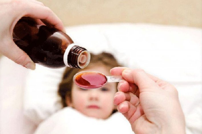 Nguy Hiểm Chết Người Khi Cho Trẻ Uống Siro